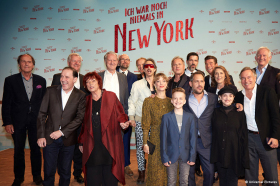 ICH WAR NOCH NIEMALS IN NEW YORK - Umjubelte Weltpremiere in Köln